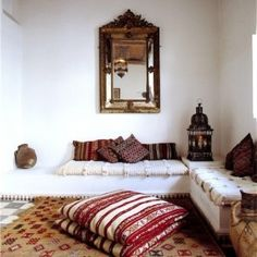 oriental interior, pillows, white, brown, neutrals, mirror