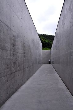 Lee Ufan, Lee Ufan museum by Tadao Ando, Naoshima, Japan August 2011