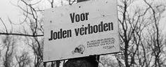 Joden werd voorgehouden dat ze veilig waren, als ze zich kwamen registreren. Er was ook vanuit de Nederlandse bevolking in deze tijd weinig verzet en een eventuele overwinning van de geallieerden leek ver weg. Zodra de Duitsers genoeg informatie hadden viel het masker, werden alle beloftes gebroken en begonnen de deportaties. In 1942 werd nabij Westerbork een doorvoerkamp voor Joden ingericht; ook bij Vught en Amersfoort verschenen Duitse concentratiekampen.