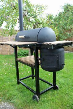 rocket stove and grill Bbq Pit Smoker, Diy Smoker, Homemade Smoker, Fire Pit Grill, Custom Bbq Smokers, Custom Bbq Pits, Diy Grill, Grill Oven, Barbecue Design