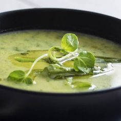 Fresh Asparagus Soup with Spinach and Watercress Watercress Recipes, Watercress Soup, Asparagus Soup, Fresh Asparagus, Best Vegetarian Recipes, Gourmet Recipes, Soup Recipes, Healthy Recipes, Green Soup
