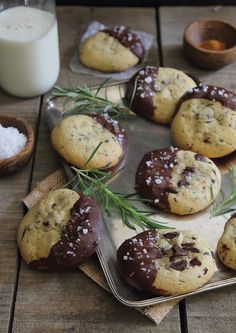 Rosemary Cayenne Chocolate Chip Cookies | recipe via running to the kitchen