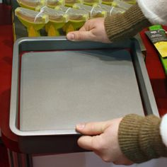 This 9-inch square pan is the latest addition to Kuhn Rikon's Push Pan line #pushpan #bakeware #ihhs13