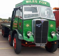 AEC Classic Tractor, Classic Trucks, Vintage Trucks, Old Trucks, Old Lorries, Old Commercials, Show Trucks, Classic Motors, Commercial Vehicle