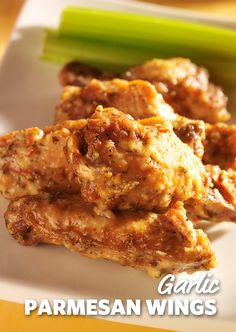 Garlic Parmesan Wings: A close second to traditional buffalo wings, garlic Parmesan offers a smooth and tasty alternative to the heat of the buffalo sauce. Guaranteed to have you licking your fingers at your next tailgate or party. Chicken Wing Recipes, Meat Recipes, Appetizer Recipes, Cooking Recipes, Healthy Recipes, Appetizers, Vegetarian Recipes, Dinner Recipes, Recipes