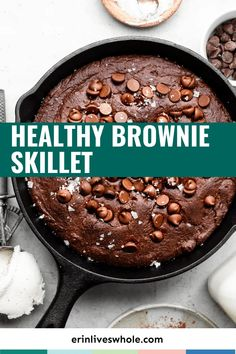 This healthy brownie skillet recipe is super-easy to whip up when you are craving chocolate. It's gluten-free and surprisingly good for you too! Melting Chocolate Chips, Sugar Free Chocolate, Craving Chocolate, Healthy Brownies, Gluten Free Brownies, Delicious Desserts, Dessert Recipes, Yummy Food, Low Carb Desserts