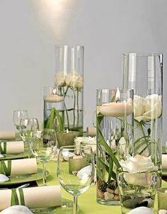 - Lindgrün und Creme - lime green and cream - decoration An outdoor wedding on the water would be ju Wedding Centerpieces, Wedding Decorations, Table Wedding, Deco Champetre, Calla, Beautiful Table Settings, Deco Floral, Vase Fillers, Centre Pieces