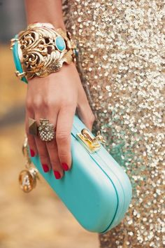 Turquoise Clutch with Turquoise and Gold Bracelet Pierre Turquoise, Bleu Turquoise, Turquoise Jewelry, Aqua, Teal, Turquoise Fashion, Turquoise Accessories, Turquoise Purse, Gold Fashion