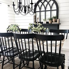 Black and White farmhouse dining room