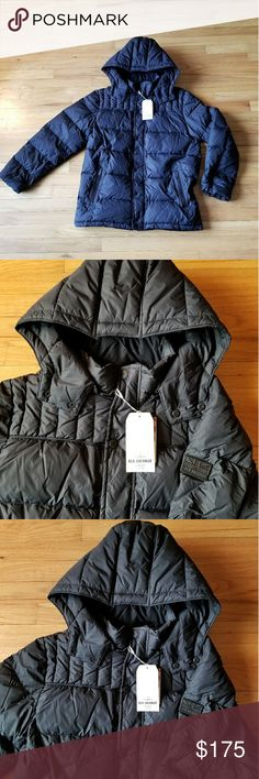 Ben Sherman Original Hypoallergenic Down Jacket A premium Ben Sherman Original hypoallergenic down jacket built for the fall and winter seasons. 80% down 20% duck feathers. Removable zippered hood. Size - Medium  Smoke-free and pet-free home. Ben Sherman Jackets & Coats Puffers