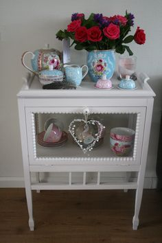 Tea Cart, Textiles, Pip Studio, Happy House, My Cup Of Tea, Color Inspiration, Entryway Tables, Sweet Home, Shabby Chic
