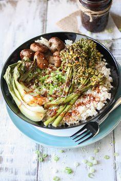 Easy Vegan Teriyaki Rice Bowl with Roasted Veggies