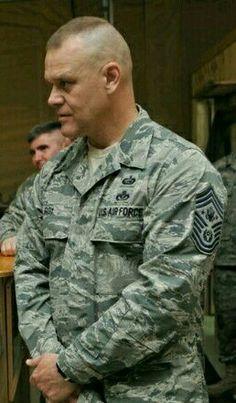 Military Men, Military Jacket, Soldier Haircut, Shaved Head, Semper Fi, Men In Uniform, Mature Men, Aging Gracefully, Short Hair Cuts
