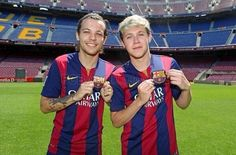 Louis and Niall at Camp Nao in Barcelona!