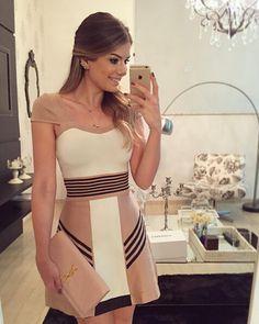 Vestido Listrada Casual e Elegante Desigual