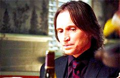 Once Upon a Time - Bloopers Belle And Rumplestiltskin, Rumpelstiltskin, Ouat Cast, Emilie De Ravin, Time Pictures, Robert Carlyle, Once Upon A Time, Beauty And The Beast, Tv Series