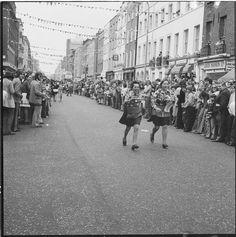 'Waitress race', Fitzrovia community festival: 1974, Henry Grant