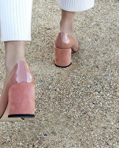 "2,148 gilla-markeringar, 40 kommentarer - D E A R F R A N C E S (@dear_frances) på Instagram: ""Chic steps in NINA Heels | hand crafted in Italy | dearfrances.com"""
