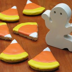 Google Image Result for http://family.go.com/images/cms/entertainment/content/Donald%27s-Candy-Corn-Cookies-photo-260-cl-A.jpg