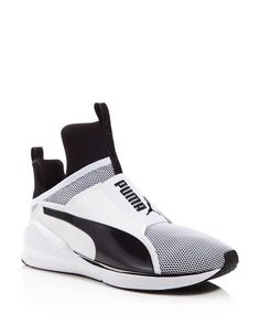 Laceless and lightweight, Puma's athleisure-inspired sneakers take any workout to the next level. With a sleek bootie-like construction and a flex-grooved outsole to suit fast, multi-directional movem Zapatillas Puma Running, Puma Sneakers, Shoes Sneakers, Vogue, Best Running Shoes, New Shoes, Women's Shoes, Sock Shoes, Shoe Collection