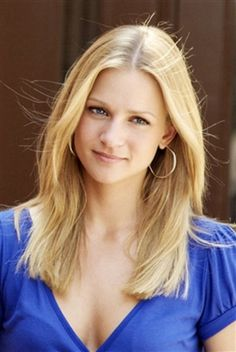 AJ Cook  a/k/a JJ on Criminal Minds- I think she is absolutely beautiful!