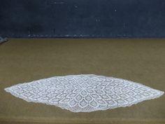 (15) Taplak untuk meja panjang bentuk oval motif nanas by Yvonne Sumilat