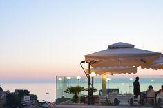 L'Hotel Antonietta situato a San Marco di Castellabate prende il nome dalla signora Antonietta Raso, fondatrice di questa struttura, che nei primi anni 50 diede il primo impulso al turismo su queste sponde. L'Hotel è situato nel centro della caratteristica piazzetta di San Marco di Castellabate, tipica località marinara immersa nel verde del parco nazionale del Cilento, premiato con la bandiera blu per le sue acque cristalline.