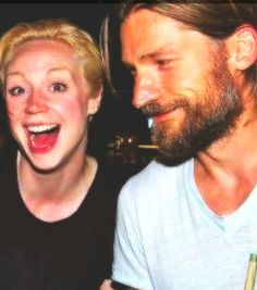 "Brienne is a riot! Nikolaj Coster-Waldau (""Jaime Lannister"") and Gwendoline Christie (""Brienne of Tarth"") Game Of Thrones Books, Game Of Thrones Cast, Jaime And Brienne, Jaime Lannister, Gwendolyn Christie, Ramsey Bolton, Jaqen H Ghar, Brienne Of Tarth, Got Characters"