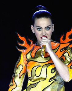 16 Things Katy Perry Looked Like During Her Half-Time Performance. Honestly dear, what were you thinking.