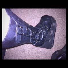 Old school hot topic goth boots platforms Old boots from early 2000's lightly used Hot Topic Shoes Platforms