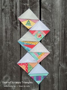 Free weekly foundation paper patterns to make scrappy half square triangles (hst). It's the Year of Scrappy Triangles at Sewn by Leila! Paper Pieced Quilt Patterns, Quilt Block Patterns, Quilt Blocks, Paper Patterns, Half Square Triangle Quilts, Foundation Paper Piecing, Mini Quilts, Scrappy Quilts, English Paper Piecing