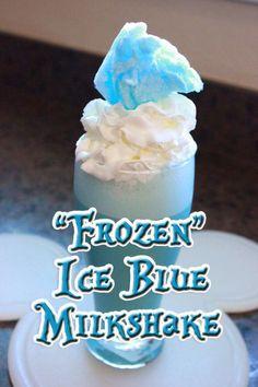 "The Disney Diner: ""Frozen"" Inspired Ice Blue Milkshake Recipe Disney Drinks, Kid Drinks, Non Alcoholic Drinks, Disney Food, Yummy Drinks, Delicious Desserts, Disney Recipes, Beverages, Disney Desserts"