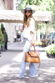 30 Chic Summer Outfit Ideas - Street Style Look. Style Work, Mode Style, Looks Chic, Looks Style, Look Fashion, Womens Fashion, Fashion Trends, 70s Fashion, Gypsy Fashion