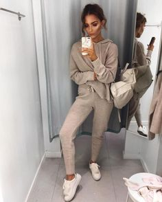 Knitted tracksuit i'm in love with trendy outfits, fashion outfits, cu Pastel Outfit, Beige Outfit, Fashion Casual, Look Fashion, Fashion Outfits, Womens Fashion, Athleisure Fashion, Athleisure Outfits, Fashion Fall