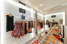 Ideal for side hanging and forward faced hanging, Invisible 6 is an ideal system for womenswear. Glass shelving can be inserted into the system without the use of brackets. Shelving, Women Wear, Retail, Glass, Home Decor, Shelves, Decoration Home, Drinkware, Room Decor