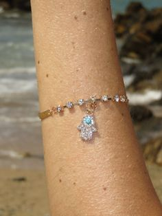 Gold Hamsa Bracelet Hamsa, Detail, Bracelets, Gold, Jewelry, Jewlery, Bijoux, Jewerly, Bracelet
