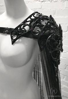 Items similar to Dark Fairytale Shoulder Armor Cape ~ Gothic Baroque Elven Cloak ~ Fairy Fantasy Pagan Medieval Outfit Venice Carnival Masquerade Ball Dress on Etsy Fantasy Armor, Fantasy Dress, Fantasy Outfits, Dark Fantasy, Fantasy Clothes, Masquerade Ball Dresses, Masquerade Outfit, Dark Fairytale, Fairytale Fantasies