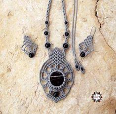 Macrame, knotted necklace, micro-macrame made by Macramotiv  macramotiv.com