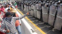 La Policía Federal ha asumido el control de 13 nuevos municipios por presuntos vínculos con el crimen organizado y con el caso de los 43 estudiantes desaparecidos en el sur de México, informaron autoridades. Monte Alejandro Rubido, comisionado nacional de seguridad, dijo que durante las investigaciones relacionadas con la búsqueda de los […]