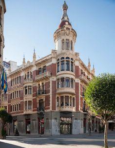 Calle Principado esquina c/Suárez de la Riva