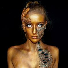 Lara Wirth, from Melbourne, is a self-taught special effects make-up and body artist. She spends days transforming herself into monsters and reptiles - and still goes to school. Halloween Makeup Artist, Special Effects Makeup Artist, Geometric Tatto, Monster Makeup, Horror Makeup, Zombie Makeup, Scary Makeup, Old Makeup, Mermaid Makeup