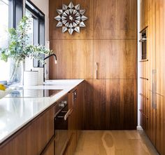 Timber kitchen from a beautifully restored modernist home on the Gold Coast. Classic White Kitchen, Home, Timber Kitchen, Kitchen Design Gallery, Kitchen Design, Cottage Style Kitchen, Kitchen Installation, Sleek Kitchen, Industrial Style Kitchen