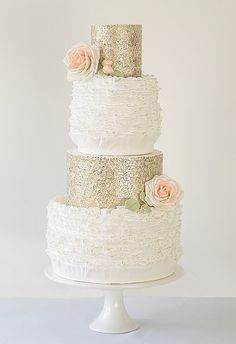 One of the hottest wedding cake trends are stunning metallic cakes - think gold wedding cakes, silver, pewter and bronze - these works of art will wow your g. Beautiful Wedding Cakes, Gorgeous Cakes, Pretty Cakes, Wedding 2015, Mod Wedding, Dream Wedding, Cake Wedding, Sequin Wedding, Purple Wedding