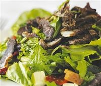 Weigh-Less Online - Quick And Easy Biltong And Apple Salad Beef Salad, Biltong, Apple Salad, Grass Fed Beef, The Cure, Salads, Paleo, Diet, Snacks