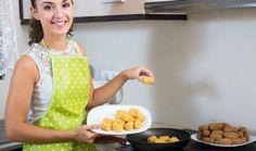 Certains adorent cuisiner de bons petits plats, mais voient toujours trop grand et se retrouvent avec des restes. D'autres n'ont pas le temps ou la cuisine pour préparer de savoureux plats faits maison. Désormais, de nombreux sites et applications mobiles proposent aux particuliers de vendre leurs restes à d'autres internautes !