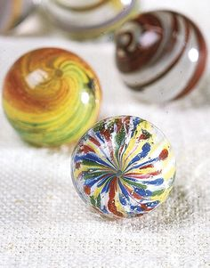 Marble Collector Bert Cohen - Country Living --. Onionskin marbles.  Called this since they are made to appear in layers.
