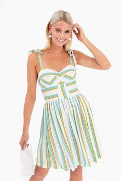 b182b23eb0 9 Best Amanda Uprichard images | Amanda uprichard, Dress in, Banana ...