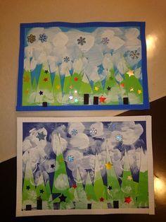 Voici les tableaux que nous avons fait ce matin avec Iona et Ainhoa.  Idee chipee ici  L'activite s'est fait en plusieurs etapes : -collage des sapins (pas facile de les coller droit pour les puces) ...