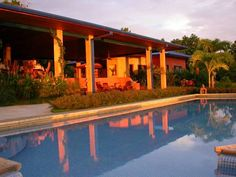 Hotel Luna Azul Playa Ostional Amid a tropical forest and near the Ostional Turtle Refuge, Hotel Luna Azul offers terraces where to enjoy the panoramic views and soak the sun, plus there is an outdoor pool.