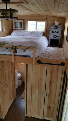 340 Square Foot Tiny House Built by Tennessee Tiny Homes {Tiny House Tour} Tiny house community featuring the best designs!You are here: / / 340 Square Foot Tiny House Built by Tennessee Tiny Homes {Tiny House Tou Tiny House Bedroom, Tiny House Cabin, Tiny House Living, Tiny House Plans, Tiny House On Wheels, Master Bedroom, Bedroom Loft, Living Room, Tiny House Closet